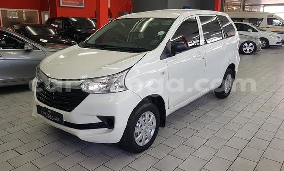 Acheter Occasion Voiture Toyota Avanza Gris à Import - Dubai, Hhohho