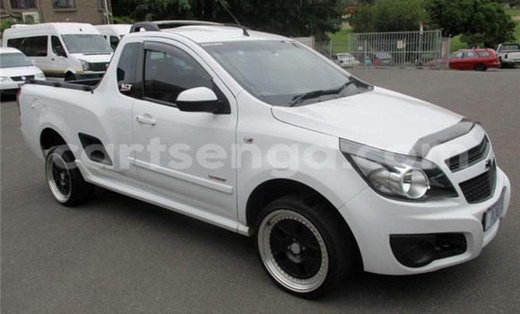 Buy Used Chevrolet Corsa White Car in Bhunya in Manzini
