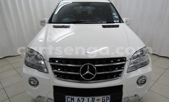 Buy Used Mercedes‒Benz ML–Class White Car in Big Bend in Lubombo District