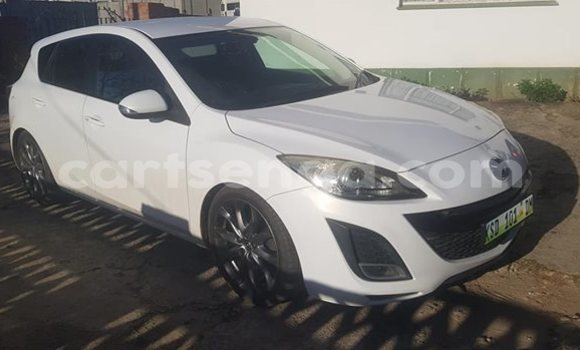 Buy Used Mazda Axela White Car in Manzini in Manzini