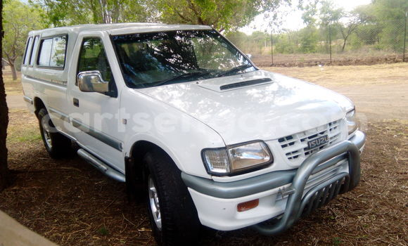 Buy Used Isuzu Trooper Black Car in Simunye in Swaziland