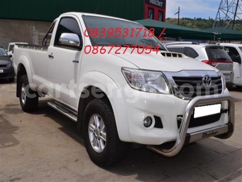 Big with watermark 2014 toyota hilux 3.0 d 4d raider 1