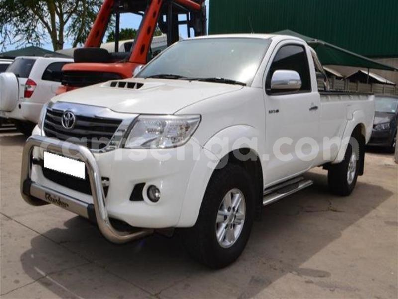 Big with watermark 2014 toyota hilux 3.0 d 4d raider 3