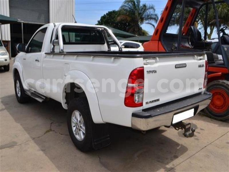Big with watermark 2014 toyota hilux 3.0 d 4d raider 5