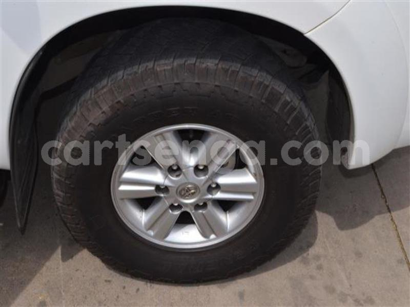 Big with watermark 2014 toyota hilux 3.0 d 4d raider 12