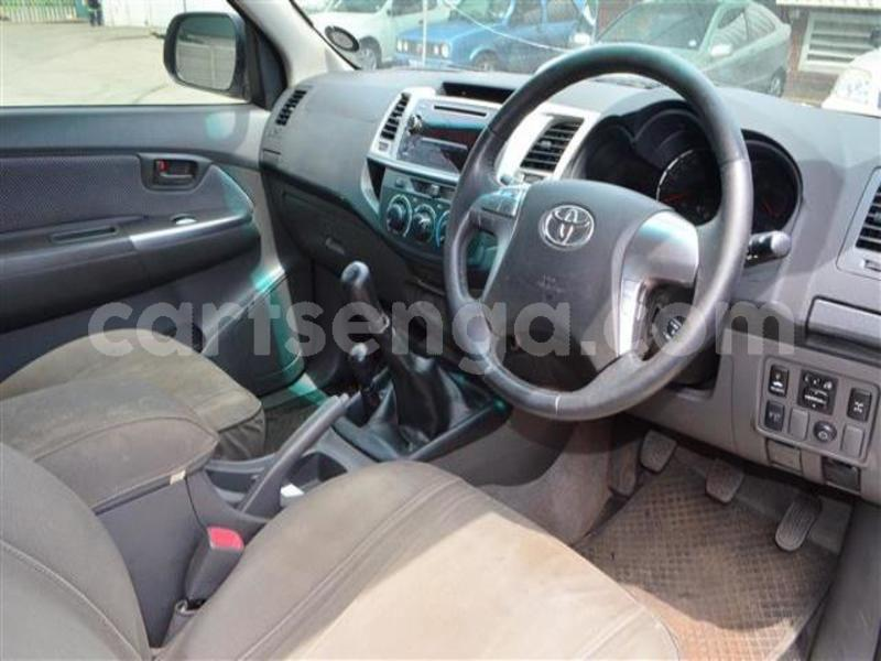 Big with watermark 2014 toyota hilux 3.0 d 4d raider 18