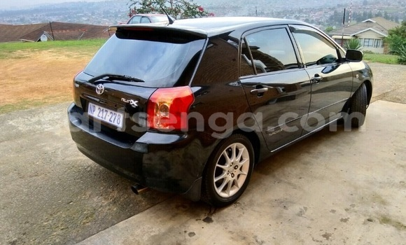 Buy Used Toyota Runx Black Car in Hluti in Shiselweni District