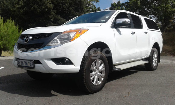 Buy Used Mazda BT-50 White Car in Mbabane in Manzini
