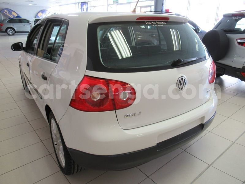 Big with watermark used volkswagen golf v 2407033 5