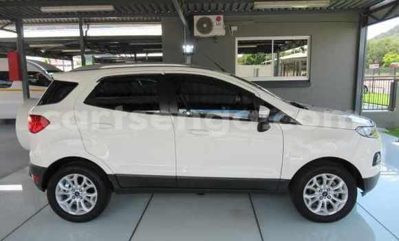 Nunua Ilio tumika Ford EcoSport White Gari ndani ya Manzini nchini Manzini