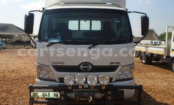 Buy Used Hino 300 Series White Truck in Mbabane in Manzini