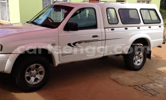 Buy Used Mazda B-series White Car in Manzini in Swaziland