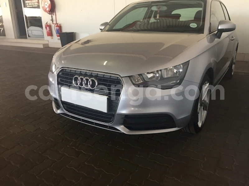 Big with watermark audi a1 2