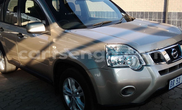 Buy Used Nissan X–Trail Beige Car in Mbabane in Manzini
