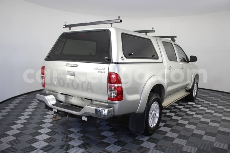Big with watermark 2013 toyota hilux used 2301 105050 411 4