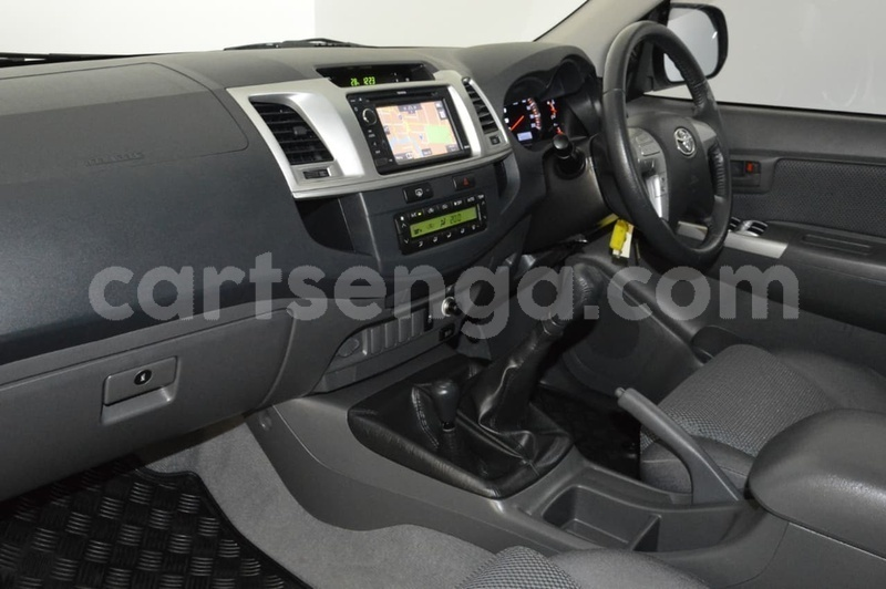 Big with watermark 2013 toyota hilux used 492 u36090 16