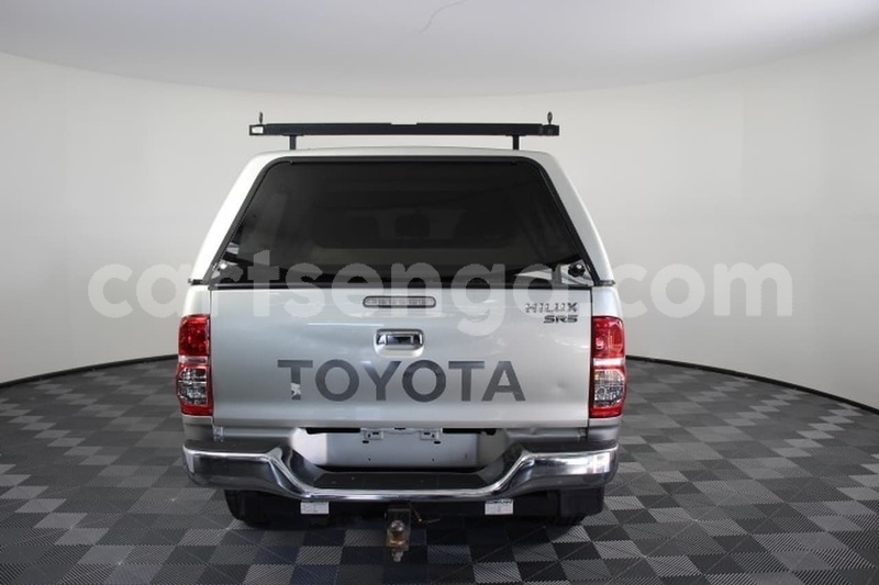 Big with watermark 2013 toyota hilux used 2301 105050 411 5