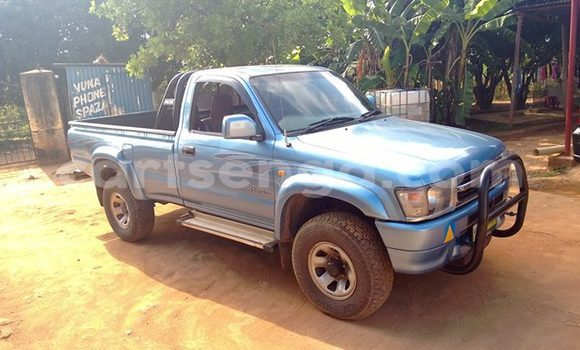 Buy Used Toyota Hilux Blue Car in Manzini in Swaziland