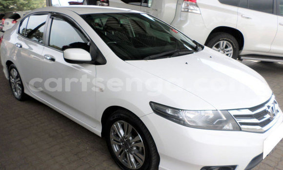 Buy Used Honda Ballade White Car in Mbabane in Manzini
