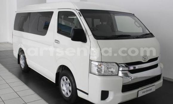 Buy Used Toyota Hiace White Car in Manzini in Manzini