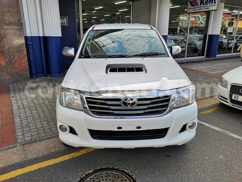 Big with watermark 2013 hilux 3d manual 4