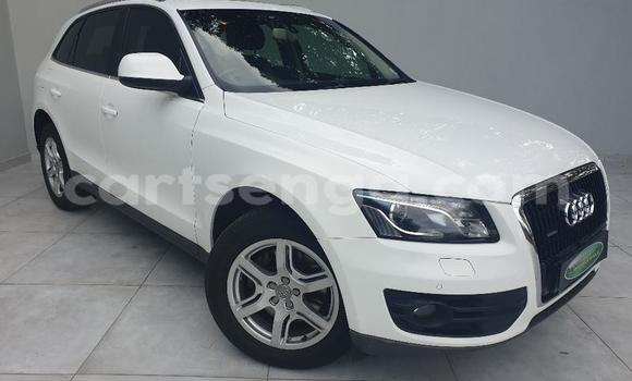 Buy Used Audi Q5 White Car in Mbabane in Manzini