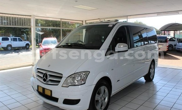 Buy Used Mercedes‒Benz Viano White Car in Manzini in Manzini