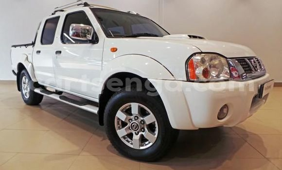 Buy Used Nissan NP 300 White Car in Manzini in Manzini