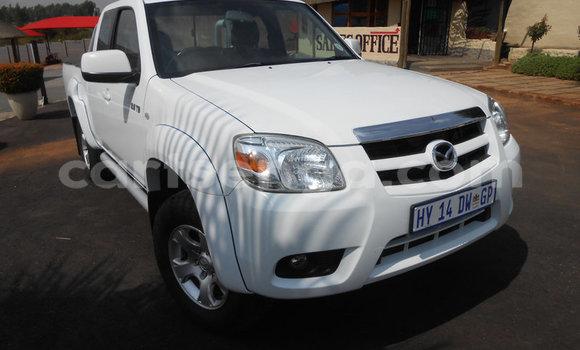 Buy Used Mazda BT-50 White Car in Mbabane in Manzini