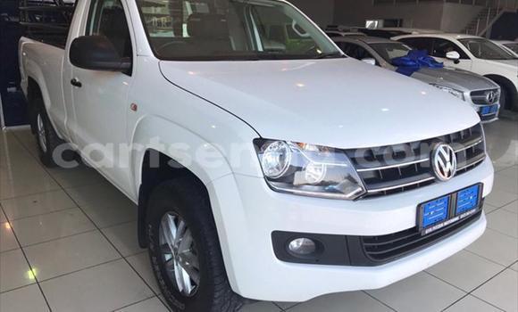 Buy Used Volkswagen Amarok White Car in Big Bend in Lubombo