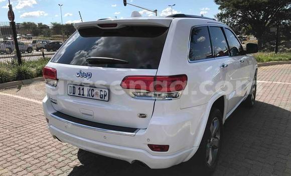 Buy Used Jeep Grand Cherokee White Car in Mbabane in Manzini