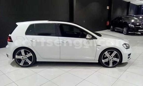 Buy Used Volkswagen Golf R White Car in Ezulwini in Hhohho