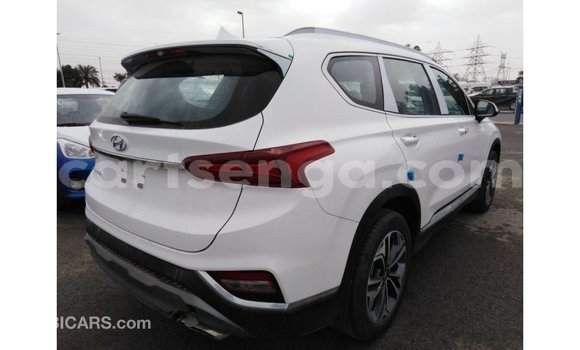 Buy Import Hyundai Santa Fe White Car in Import - Dubai in Hhohho