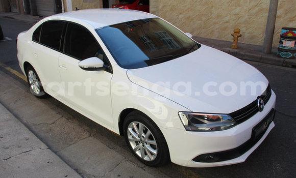 Buy Used Volkswagen Jetta White Car in Mbabane in Manzini