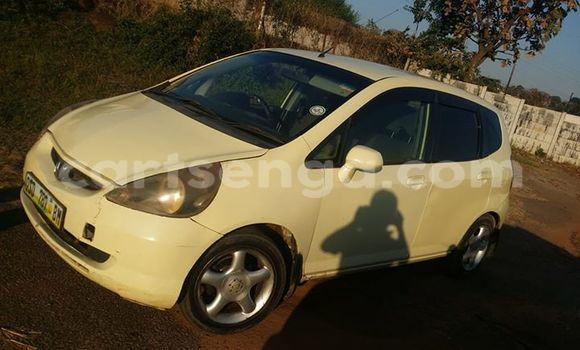Buy Honda Fit White Car in Manzini in Swaziland