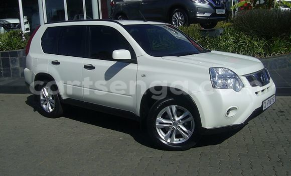 Medium with watermark used nissan x trail 2426314 1