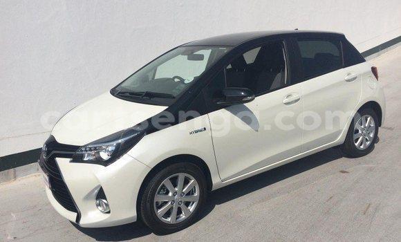 Buy Used Toyota Yaris White Car in Manzini in Swaziland