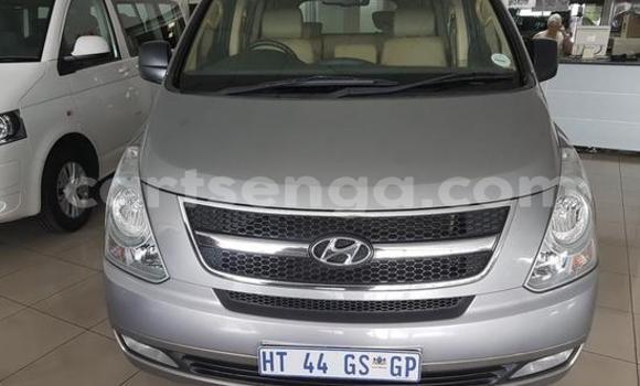 Buy Used Hyundai H1 Silver Car in Manzini in Manzini