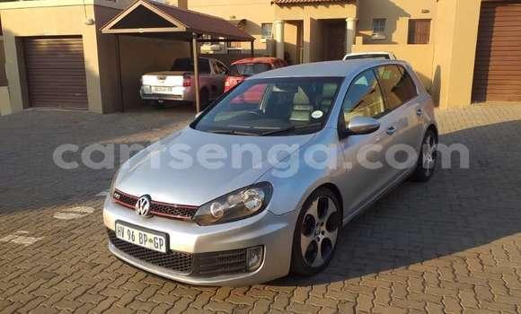 Nunua Ilio tumika Volkswagen Golf Silver Gari ndani ya Bhunya nchini Manzini
