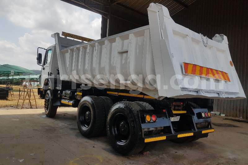 Big with watermark powerstar truck tipper 2006 powerstar 10 cube tipper 2006 id 61724059 type main