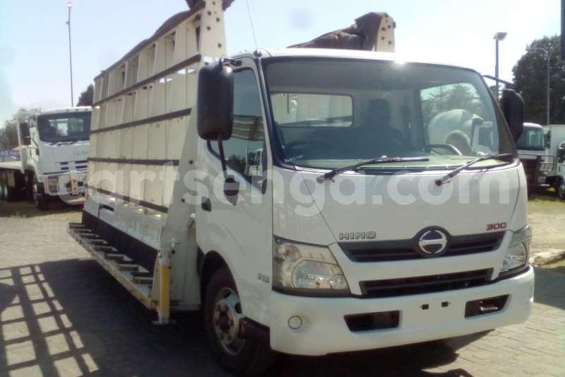 Big with watermark hino truck hino 300 915 glass aluminium body 2016 id 60718825 type main