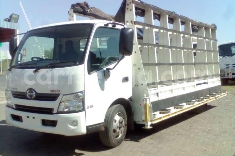 Big with watermark hino truck hino 300 915 glass aluminium body 2016 id 60718815 type main