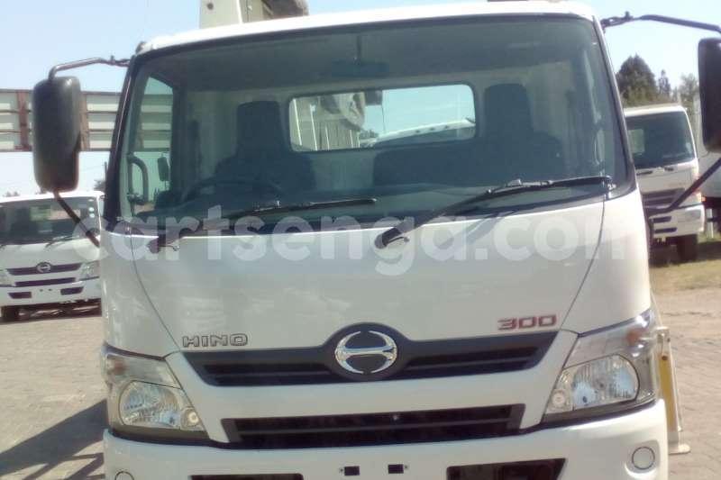 Big with watermark hino truck hino 300 915 glass aluminium body 2016 id 60718802 type main