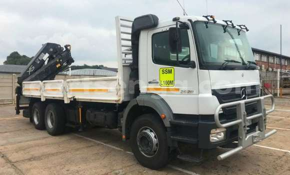 Medium with watermark mercedes benz truck crane truck 2628 axor 6x4 d side crane truck hiab 322ep 2 2008 id 62790535 type main