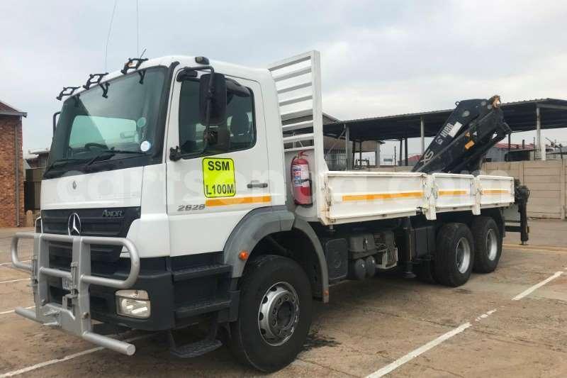 Big with watermark mercedes benz truck crane truck 2628 axor 6x4 d side crane truck hiab 322ep 2 2008 id 62790536 type main