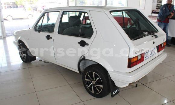Buy Used Volkswagen California White Car in Manzini in Manzini