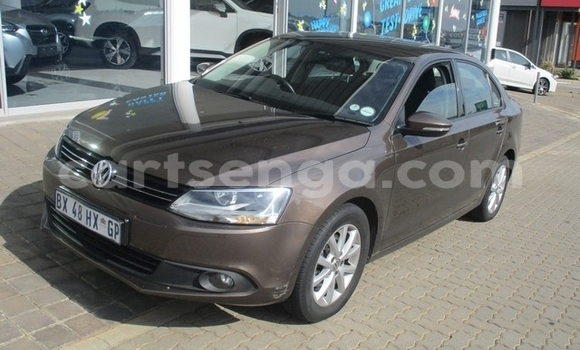 Buy Used Volkswagen Jetta Brown Car in Bhunya in Manzini