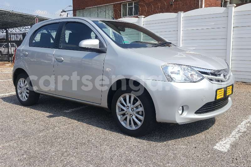 Big with watermark toyota etios hatch 1 5 xs 2017 id 55479532 type main
