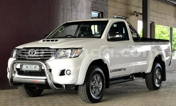 Buy Used Toyota Hilux White Car in Bulembu in Hhohho