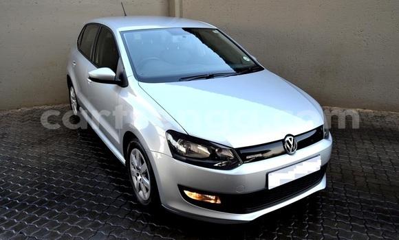Nunua Ilio tumika Volkswagen Polo Silver Gari ndani ya Manzini nchini Manzini